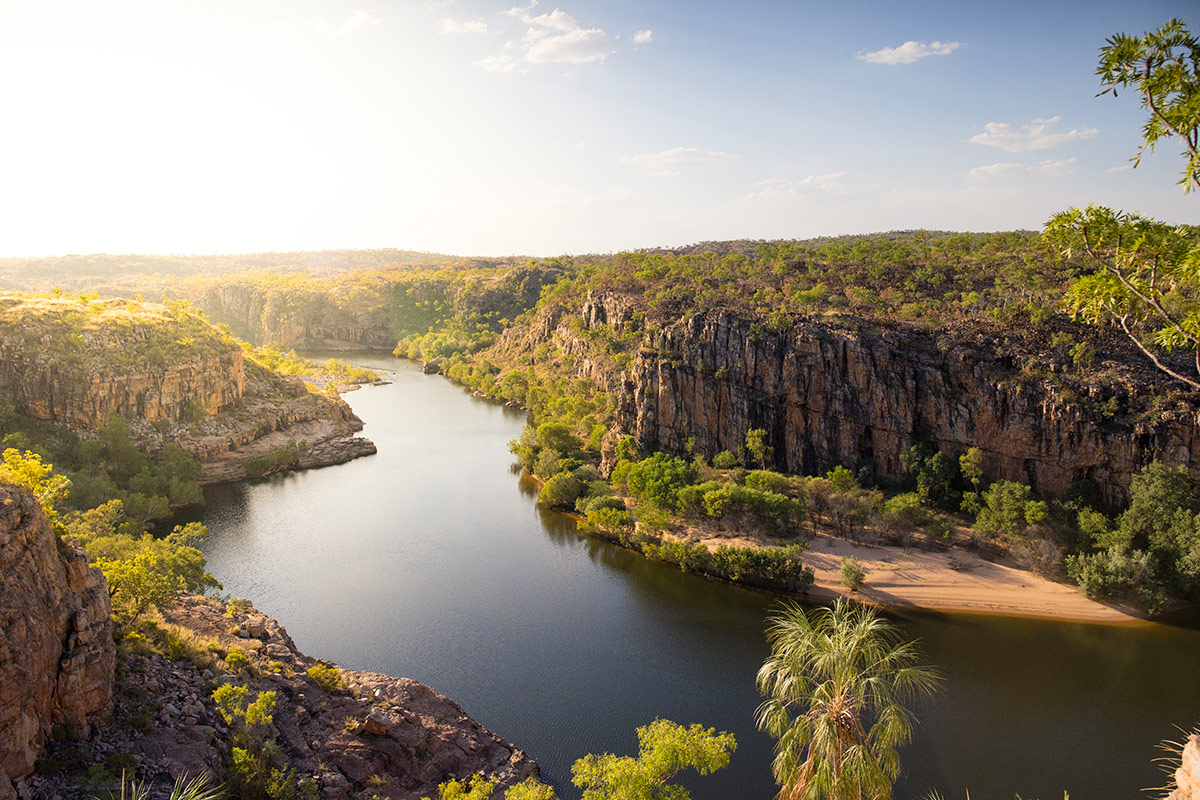 7 day Unforgettable Ghan Expedition from Darwin to Adelaide with flights
