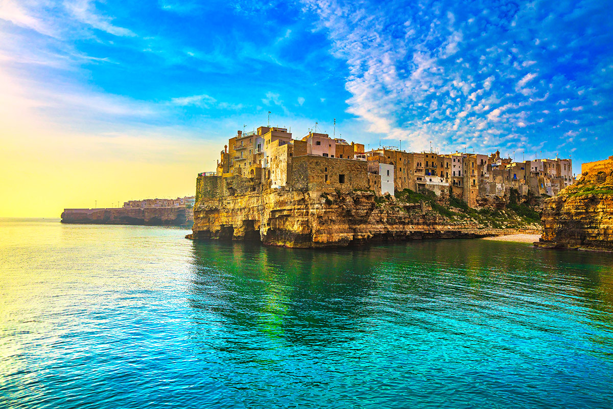 15 day Spectacular Italy tour with deluxe Mediterranean cruise and flights