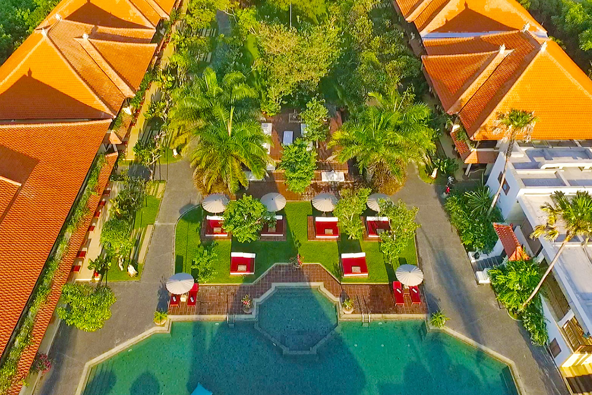6 day 5-star all-inclusive Sadara Boutique Beach Resort package with flights